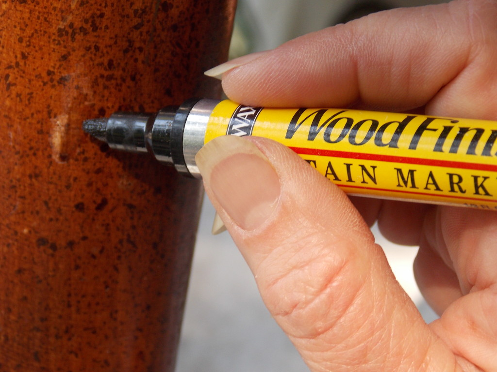 Instead Of A Can Of Stain, I Reach For One Of The Minwax® Stain Markers:  Actual Stain In A Felt Tipped Dispenser!