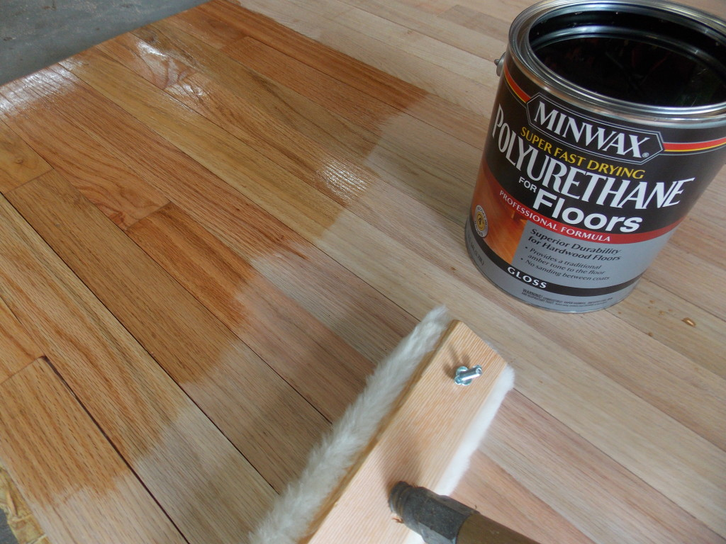 Minwax super fast drying polyurethane - One Time I Actually Only Used A Four Inch Natural Bristle Brush To Finish An Entire Living Room And Dining Room Floor But Either A Lambs Wool Or Synthetic