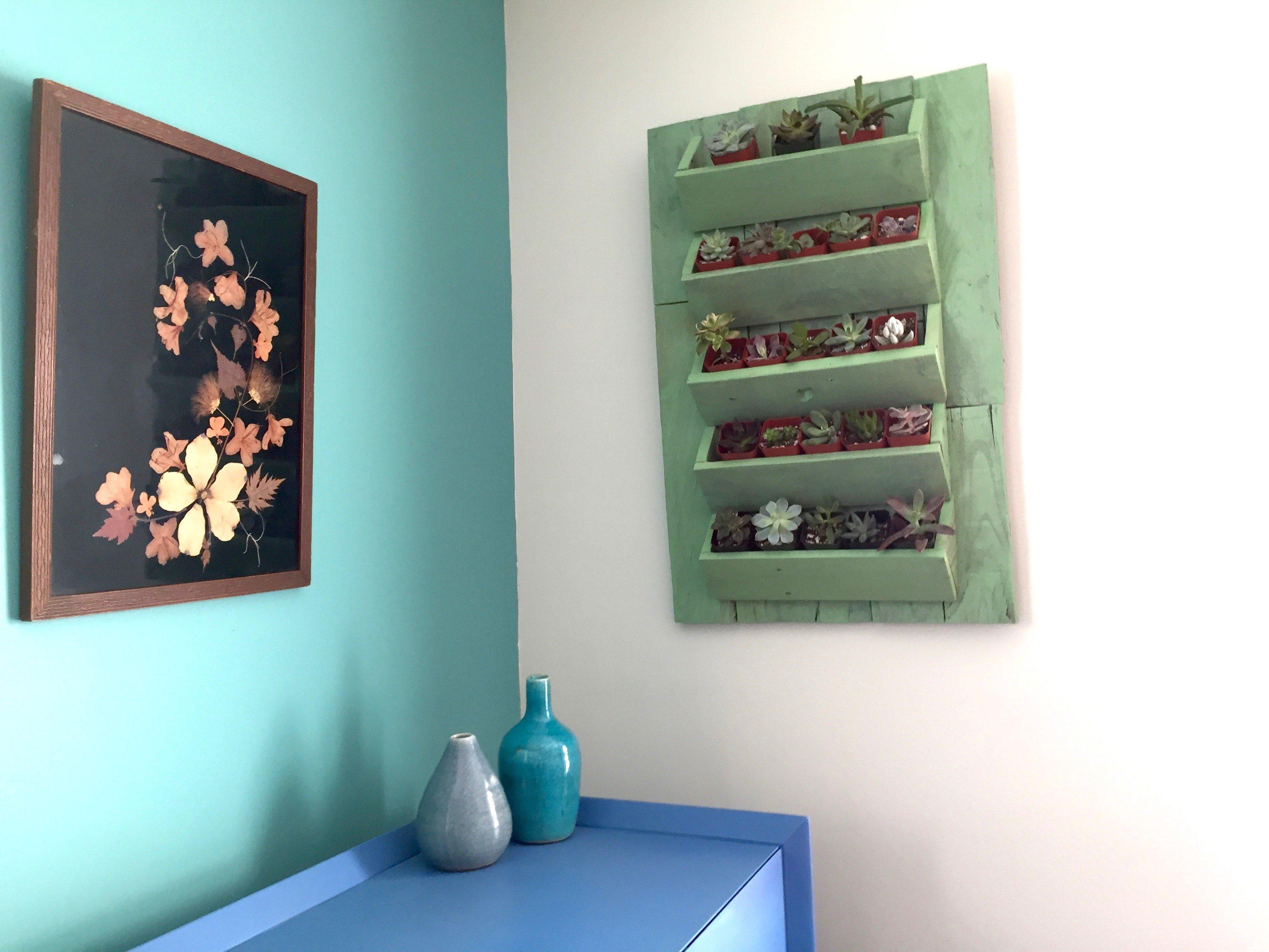 16d-Minwax-Succulent-Pallet-Wood-Wall-Art