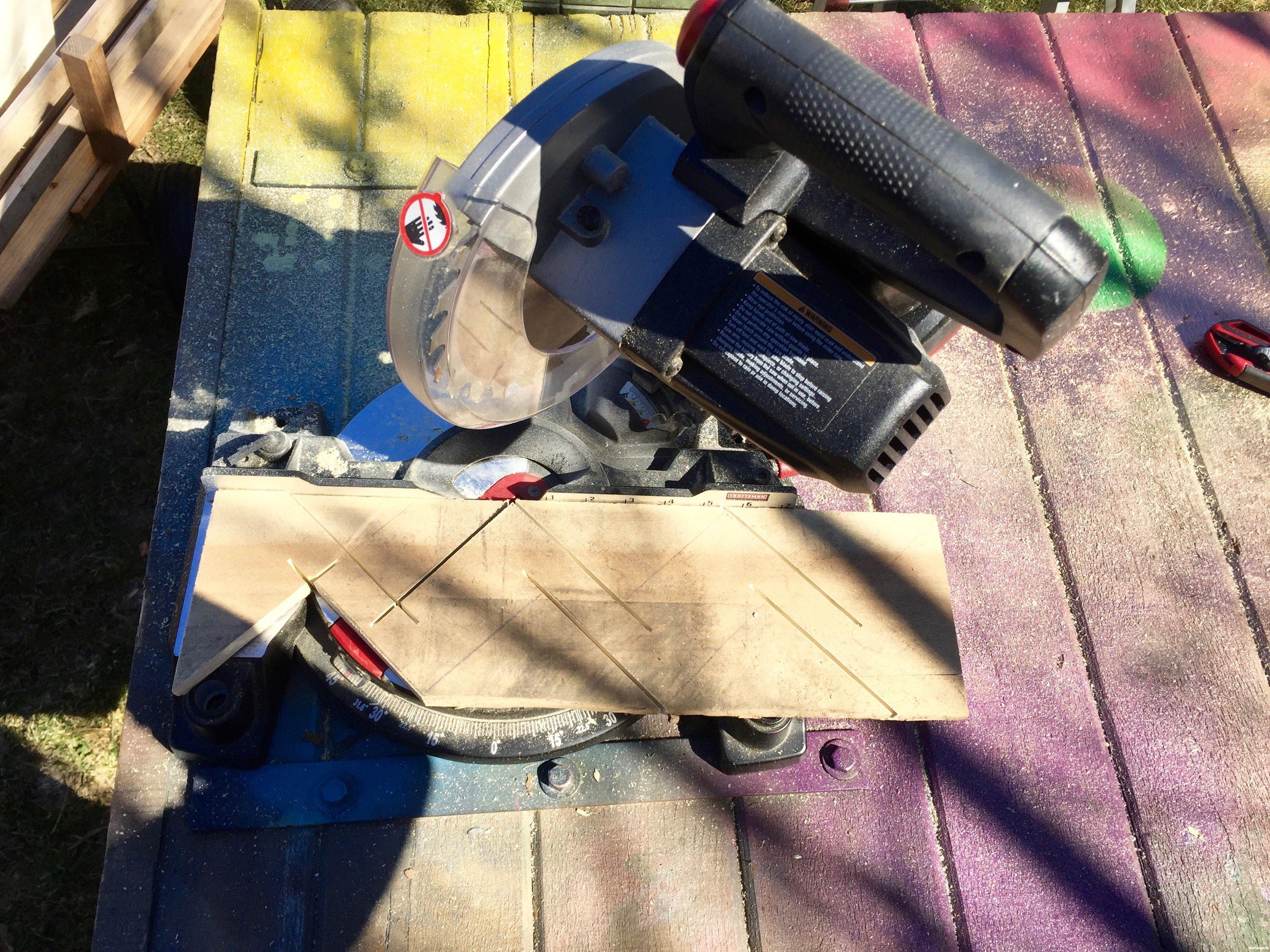 3c-cut-pallet-wood-Minwax-Succulent-Pallet-Wood-Wall-Art
