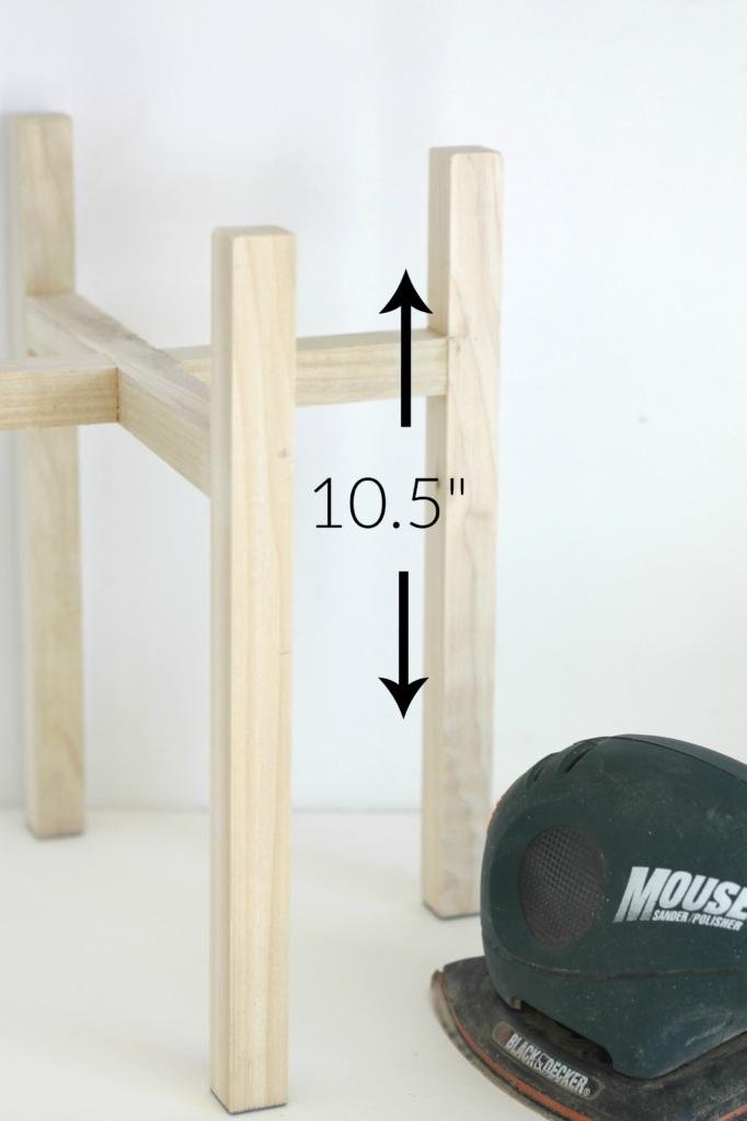 Measurements-West-Elm-Knock-Off-Mid-Century-Planter-Sanding-682x1024