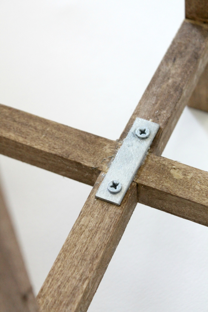 West-Elm-Knock-Off-Mid-Century-Planter-Securing-the-Supports-683x1024