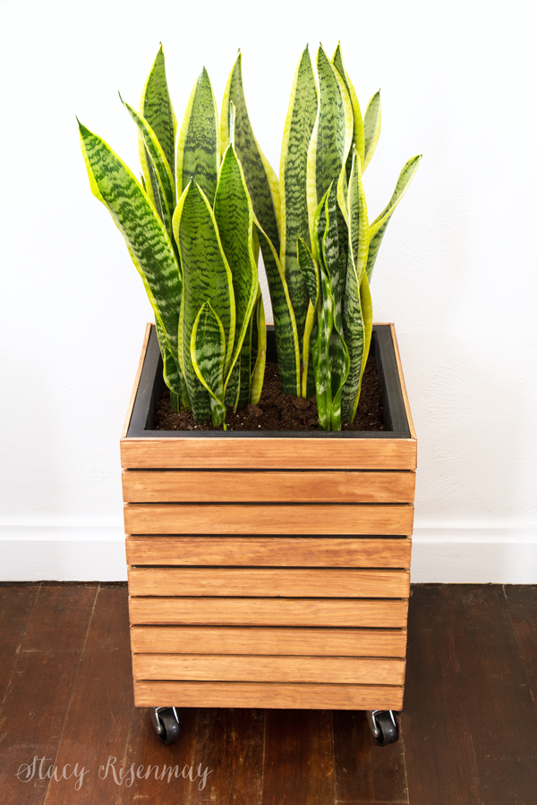 slatted-planter