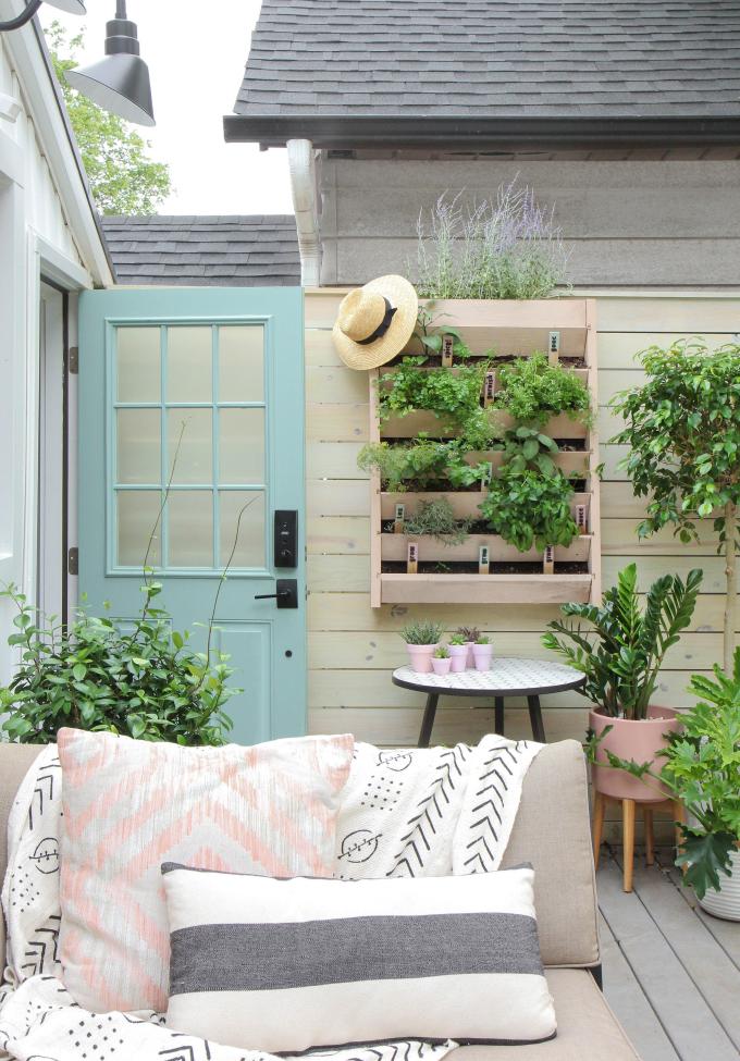 ispydiy_vertical_herb_garden