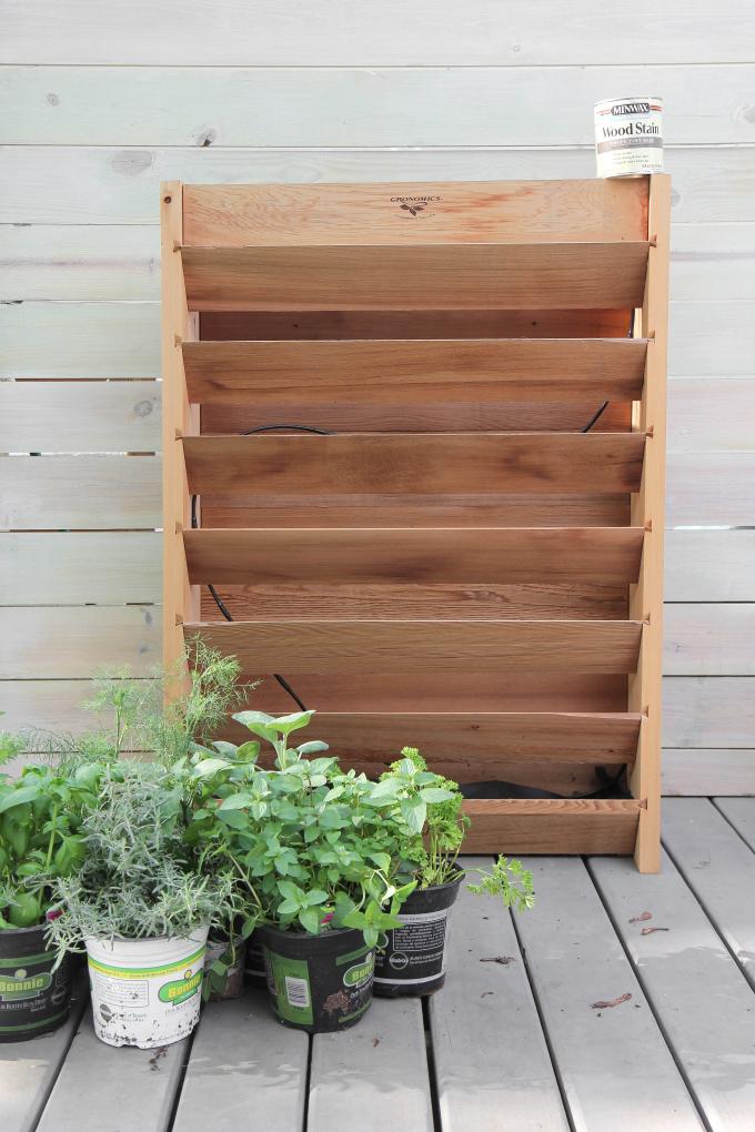 ispydiy_vertical_herb_garden11