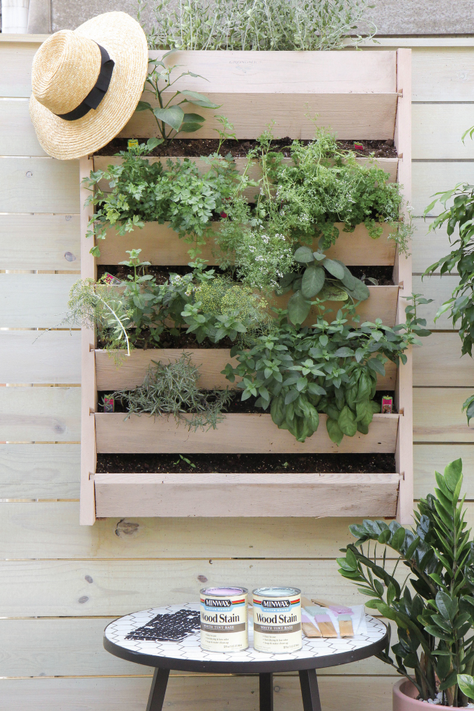 ispydiy_vertical_herb_garden15