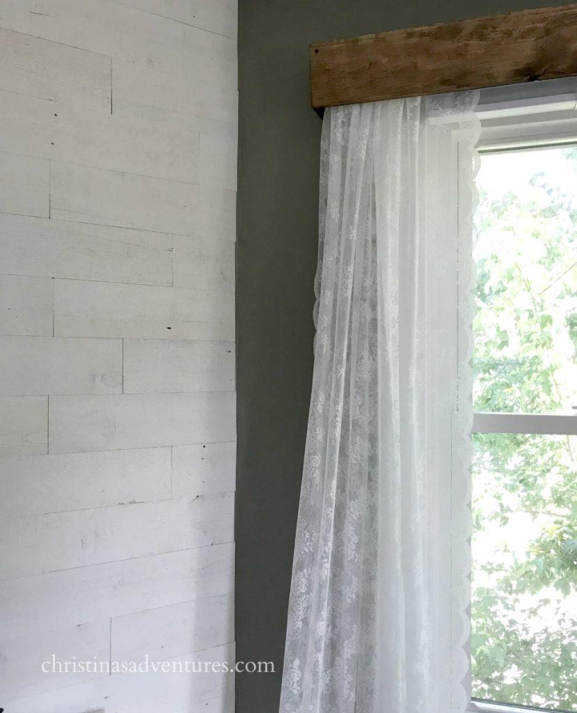 White Wood Cornice : A portable make up station minwax